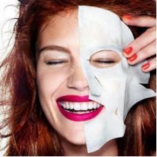 SOS-средства: тканевые маски для лица и патчи под глаза.